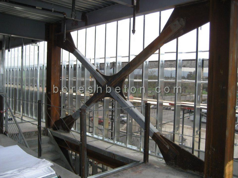 تقویت سازه فولادی